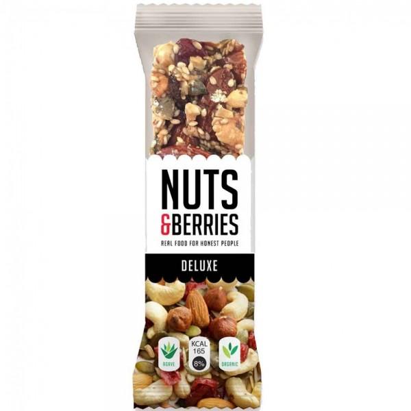 15x Nuts & Berries DELUXE Riegel á 40g=600g MHD:1/20